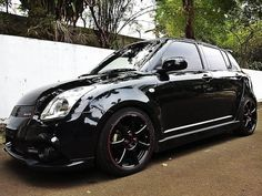 Nice black swift with red line detailing