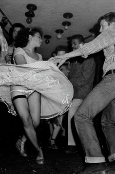 A new photo exhibition by documentary photographer Gilles Elie Cohen reveals his time spent with two notorious Parisian youth culture gangs the Panthers and Vikings. Stockings And Suspenders, Nylon Stockings, Style Rockabilly, Rockabilly Outfits, Lingerie Vintage, Lindy Hop, Swing Dancing, Teddy Boys, Vintage Stockings