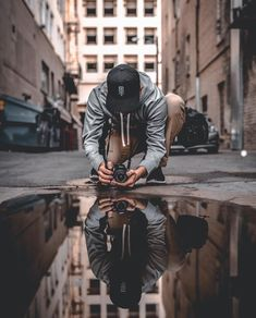 January 26 2016 ᵔᵕᵔᵕᵔᵕᵔᵕ ᵞᴼᵁ ᶜᴬᴺ ᴳᴼ ᴬᴺᵞᵂ. Urban Fashion Photography, Portrait Photography Poses, Man Photography, Artistic Photography, Creative Photography, Amazing Photography, Street Photography, Downtown Photography, Vetement Fashion
