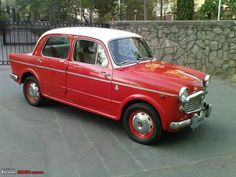 After reading all the FIAT 1100 restoration projects, me too became a dreamer of Regarding the paint jobs, many of the duo combinations are skyblue-white (my favorite the superselect of Mr. Enjoy Car, Europe Car, Colour Combinations, Antique Cars, Classic Cars, Automobile, Lima, Ds, Sassy