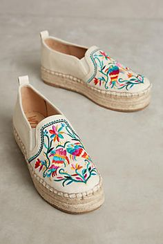 embroidered sneakers, embroidered, shoes, fashion, sam edelman, style, womens fashion