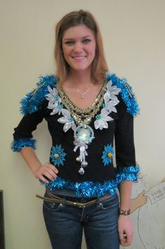 Super Glam Bedazzled  Light up fiber Optic Color changing Bow Tacky Ugly Christmas Sweater womens sz Medium Large