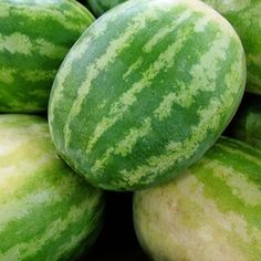 You can use your summer watermelons to create unique baskets to hold fruit or other items.