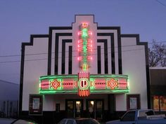 Palmetto-Theatre, Hampton, SC.  I spent a lot of time here going to the movies when I was a kid!  Loved my young years in this small town!!  Anne