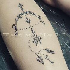 Resultado de imagen para tatuaje de arco y flecha
