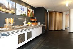 1115-University Guesthouse-Het buffet