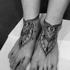 Artist: Kuba BeggyBex #tattoo #tattooed #ink #inked #tattoocollective #tattooaddicts #tattooworkers #tattooartist #bodyart #tattooedman #skinartmag #skinart_mag #skinartmagtraditional #thebestspaintattooartists #anchor #tattoo #tattooed #ink #inked #tattoocollective #tattooaddicts #tattooworkers #tattooartist #bodyart #tattooworld #tattooart #skinartmag #pINKterest #inkedup #thebestspaintattooartists #valenciatattoos #tatuajesvalencia