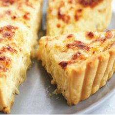 Learn how to prepare this Onion-Cheese Tart recipe like a pro. Onion Recipes, Tart Recipes, Greek Recipes, Greek Cooking, Cooking Time, Cheese Tarts, Savory Tart, Vegetarian Cheese, Eat Smarter