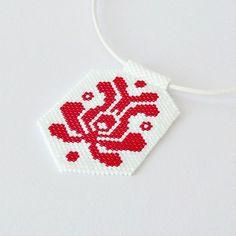 Summer beadwork necklace with red tulip - most popular Hungarian folk motif #hungarian #folkart #kalocsai #matyo #hungarianfolk #hungarianfashion #summerjewelry #summerfashion #beadwork #white #red #redtulips #flowerjewelry #peyote #handmadejewelry #etsy