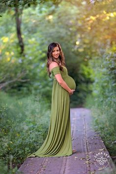 Short Sleeve Maternity Gown / Kelly style by SewTrendyAccessories