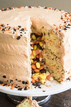 **This is a sponsored conversation written by me on behalf of The J.M. Smucker Company. The opinions and text are all mine. #MixUpAMoment This Halloween Pinata Cake is a fun and easy cake with 4 layers. There's also a fun surprise of Halloween candy inside! Pin this Halloween Piñata Cake for Later! I've wanted to...Read More »