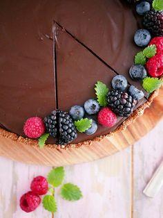 My Kitchen Stories Healthy Baking, Healthy Snacks, Chocolate Dreams, Kitchen Stories, Energy Bites, Pie Dessert, Raw Vegan, Raw Food Recipes, Deserts