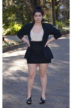 60 Sexy Curvy Girl Fashion Outfits and Ideas 60 Sexy Curvy Girl Fashion Outfits and Ideas Curvy Girl Fashion, Look Fashion, Plus Size Fashion, Fashion Outfits, Fashion 2017, Modest Fashion, Fashion Boots, Fashion Ideas, Womens Fashion