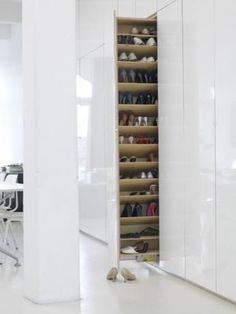 100 Fantastic Creative Hidden Shelf Storage Ideas Worth to apply in Small House - DecOMG Shoe Shelves, Storage Shelves, Storage Organization, Storage Ideas, Closet Bedroom, Shoe Closet, Hall Closet, Master Closet, Bedroom Bed