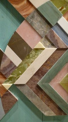 Geometric design marble, onyx and resin floor and wall inlay from Earthquake collection, which recalls the Emilia earthquake of May 2012 and was created using fragments of quake-struck marble and onyx, also resin. By Patricia Urquiola for Budri Patricia Urquiola, Deco Design, Tile Design, Design Trends, Turbulence Deco, Tile Art, Wall Tiles, Home Living, Terrazzo
