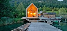 bath house in carinthia by peter jungmann /// #Arquitectura #Madera