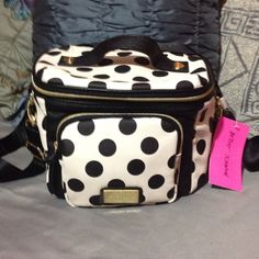NWT Betsey Johnson insulated Tote Lunch Tote Cargo polka dot cargo Betsey Johnson Bags Totes