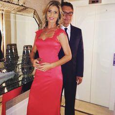 Vestido Longo Vermelho Com Renda Aplicada - Long Red Dress   Siga no instagram @atelierceliavieira