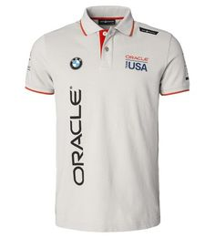Sail Racing is the official partner of ORACLE TEAM USA, defender of the America's Cup. Sail Racing just launched new gear for the team and it's now available to sailing fans everywhere. Team Shirts, Polo T Shirts, Camisa F1, Polo T Shirt Design, Sail Racing, Nike Wear, Jean Jumper, T Shorts, Ralph Lauren Style