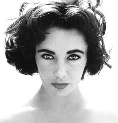 Elizabeth Taylor... One of the most beautiful women ever.