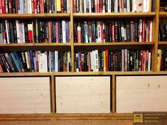 Přírodní dřevěná bedýnka, rozměry a barva na přání. #prirodnibedynkazedreva #drevenabedynkakdekoraci #uloznyprostor #drevenabedynkadointerieru #darkovabedynka Bookcase, Shelves, Home Decor, Shelving, Decoration Home, Room Decor, Book Shelves, Shelving Units, Home Interior Design