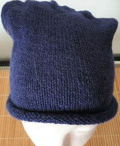 Hand-knitted hat in beautiful blue pure alpaca for men and women My Ebay, Mittens, Hand Knitting, Knitted Hats, Pure Products, Accessories, Beautiful, Women, Fashion