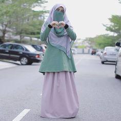 Muslim Girls, Muslim Women, Adventure Style, Hijab Chic, Niqab, Hijab Fashion, Islam, Skirt, Womens Fashion