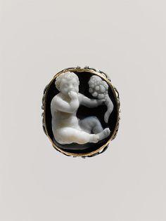 Sardonyx cameo de los Harpokrates infantiles Late helenístico o Early Imperial Fecha: BC-primera del siglo siglo 1 DC Cultura: romano o griego Medio: Sardonyx, oro, esmalte