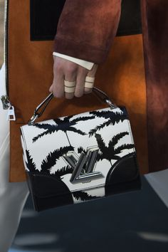 Louis Vuitton Cruise 2016 Palm Springs - NOWFASHION