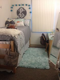 First College Dorm Room! #usf #usf18 #magnolia Building