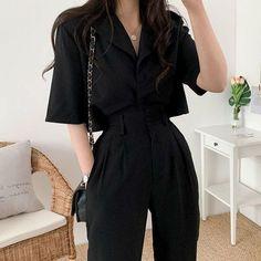Korean Fashion Styles, Korean Girl Fashion, Korean Street Fashion, Look Fashion, Korean Style, Fashion Pants, 90s Fashion, Korean Fashion Casual, High Fashion