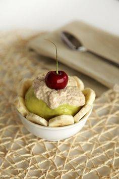 Healthy Vegan Banana Split : Rabbit Food For My Bunny Teeth