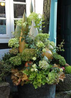 Garden Art, Garden Design, Clay Crafts, Arts And Crafts, Ceramics Projects, Garden Seating, Garden Features, Garden Ornaments, Ceramic Art