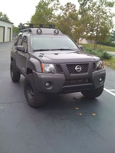 off road nissan xterra    I am pretty convinced this will be my next vehile..probably come May.