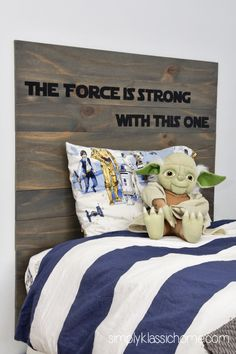 I KNOW this is in my future!  Thankful for a tasteful SW project! Yellow Bliss Road: Rustic Planked Headboard, Star Wars Style