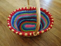 Free crochet pattern for oval basket liner bia Kashi's Corner