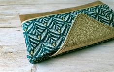 Boutique Etsy, Coin Purse, Vegan, Purses, Wallet, Bags, Green Fabric, Smooth Leather, Linen Fabric