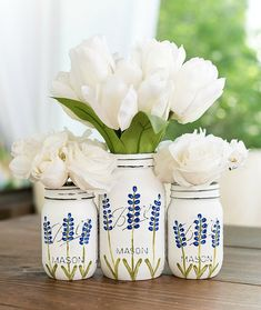 This item is unavailable Painted Texas Bluebonnet Flower Mason Jars - Painted Distressed Mason Jars. Mason Jar Art, Mason Jar Gifts, Ideas With Mason Jars, Jar Crafts, Bottle Crafts, Distressed Mason Jars, Quart Size Mason Jars, Mason Jar Projects, Diy Projects