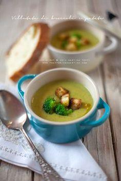 Vellutata di broccoli e patate con dadini di pane tostato all'aglio - Trattoria da Martina - cucina tradizionale, regionale ed etnica