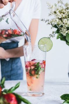 Honey-Sweetened Limonade with Strawberries and Basil | Bright light food photography | Perfect drink for summer