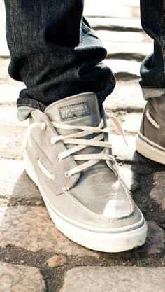 Outstanding 22+ Best Mens Casual Sneakers https://www.vintagetopia.co/2018/02/10/22-best-mens-casual-sneakers/ If you permit the shoes dry at their own speed, they are probably to come up with an unpleasant odor. #BestMensFashion