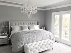 Glamorous Grey Bedroom Decor/Grey Tufted headboard.