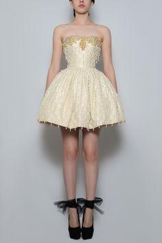 Silvia Bours - Perla Dress,  (http://www.silviabours.com/perla-dress/)