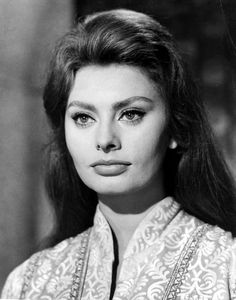 How The Ideal Beauty Standard For Women Has Changed In Hollywood, By The Decade | Bustle - Sophia Loren.