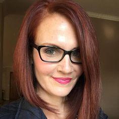 Genova Red - Auburn with hints of copper and gold. Hair Color Auburn, Auburn Hair, Red Hair Color, Long Thin Hair, Long Hair Cuts, Short Hair, Capri Leggings, Golden Red Hair, Diy Hair Dye
