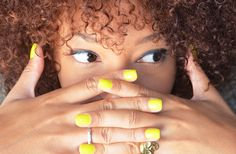 #style #mode #fashion #mercredie #blog #rock #curly #hair #afro #curls #nappy #nail #polish #vernis #ongles #nailart #art #fluo #neon #ring #skull #gold