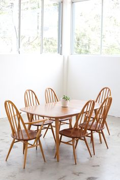 vintage English Ercol dining suite, made from beech and elm… Ercol Chair, Ercol Furniture, Chaise Chair, Home Furniture, Ercol Dining Table, Dining Room Chairs, Dining Room Furniture, Table And Chairs, Dining Rooms