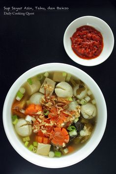 Sup Sayur Asin, Tahu, dan Bakso - Pickled Mustard Green Soup with Tofu and Fish Ball Pickled Mustard Greens, Tofu Soup, Green Soup, Indonesian Cuisine, Asian Recipes, Ethnic Recipes, Fish Dishes, Soup Recipes, Seafood Recipes