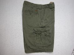 IZOD Mens  Cargo Shorts Size 36 Olive Green 100% Cotton ( Measure 36X11) #IZOD #Cargo