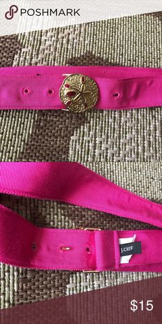 Ocean preppy belt Amazing gold toned silver dollar on a bright pink ribbon belt. I love this piece. It's timeless and so fun. Size Small. J. Crew Accessories Belts